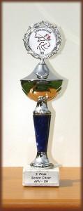 Pokal der Wedel Satellites für den dritten Platz bei der LM 2002