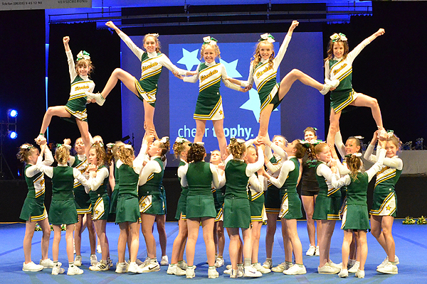 Die Wedel Starlets Cheerleader bei der Cheer Trophy 2016