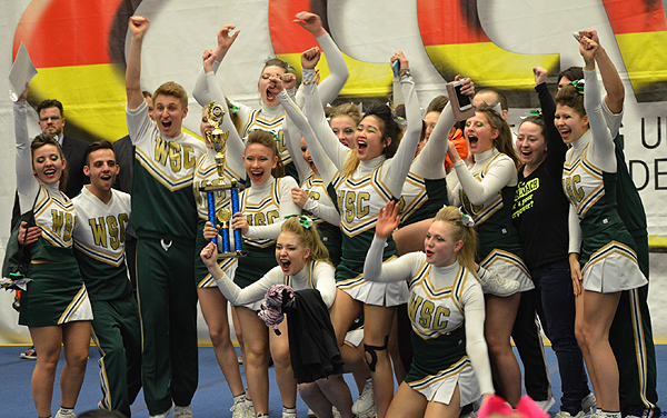Die Wedel Satellites Cheerleader sind Vize-Regionalmeister Nord 2016